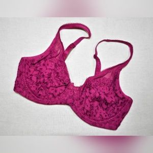 Victoria's Secret Body by Victoria Unlined Bra